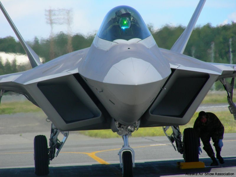 F22 Raptor cooling jets after landing